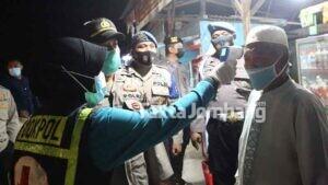 Razia Prokes di Kafe dan Terminal Gus Dur Jombang, 103 Orang Ditegur