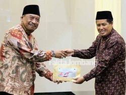 Baksos MPS Ngoro ke Watugaluh Jombang, Gus Fat Traktir Anak Panti Makanan Kesukaan