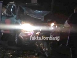 Tabrakan Beruntun di Puton Jombang, Dua Pemotor Terluka