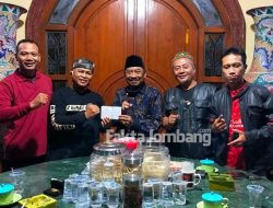 Baksos Ramadan, Gus Fat Fasilitasi Santunan Yatim Piatu dan Berbagi Takjil di Jombang