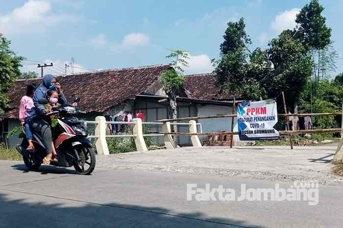 Ada Warganya Terpapar Covid-19, Dusun Brumbung Bangsri Jombang Dilockdown