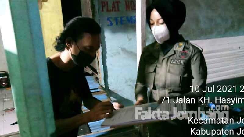 PKL di jombang didenda ppkm darurat