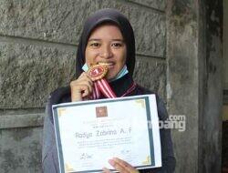 Siswi SMAN Jogoroto Jombang Sabet Medali Emas Cipta Puisi Tingkat Nasional