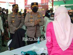 Kunjungi Ponpes Denanyar Jombang, Kapolda Jatim Pantau Vaksinasi untuk Santri