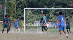 PSID Jombang lawan SM Rajawali Biru