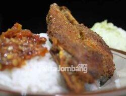 Mantap, Bebek dan Ayam Goreng Sambal Klotok Ala Mak Itun Tukum Wonosalam Jombang