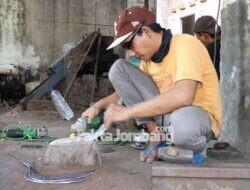 Mengintip Geliat Perajin Alat Pertanian di Pucangsimo Jombang